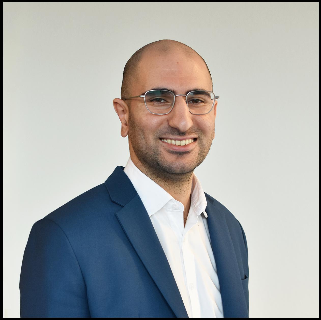 Rizgar saltik talks about how to use linkedin